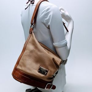 Valentina Italian Leather Zippered Bucketbag